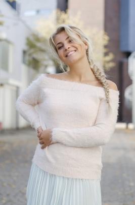 Genser - Ella lyserosa