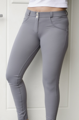 Bukse - Freddy WR.UP® Skinny Grey Mid-Waist Rise in D.I.W.O® Pro Beauty Effect