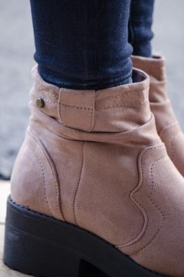 Boots - Alyssa rosa