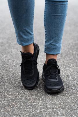 Sneakers - Nina svart