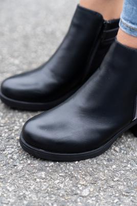 Boots - Mara svart
