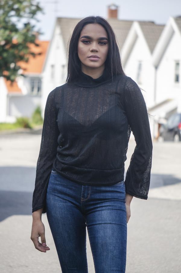 Genser - North Exclusive Amanda Svart