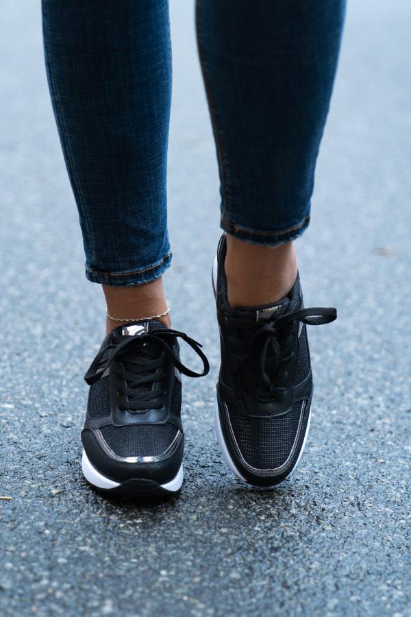 Sneakers - Molly svart