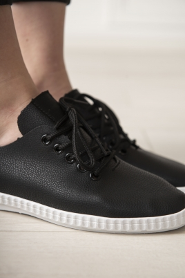 Sneakers - Selma svart