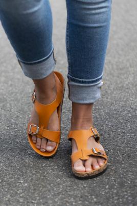Sandaler - Laila kamel