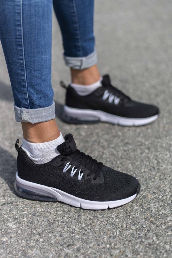 Sneakers - Lilja svart/hvit