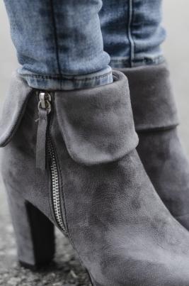 Boots - Karmen grå