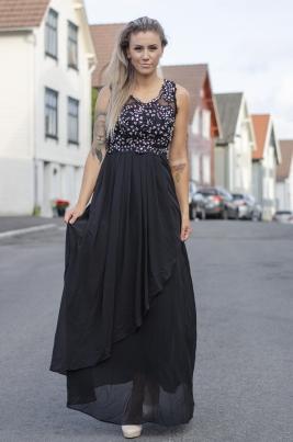 Kjole - Adriane Svart