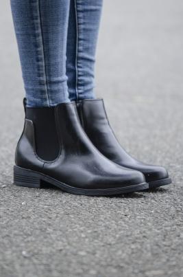 Boots - Mia svart