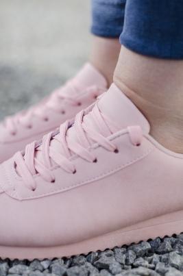 Sneakers - Sally lyserosa