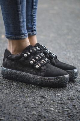 Sneakers - Beate svart