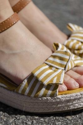Sandaler - Cara gul