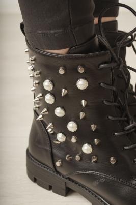 Boots - Sandra svart