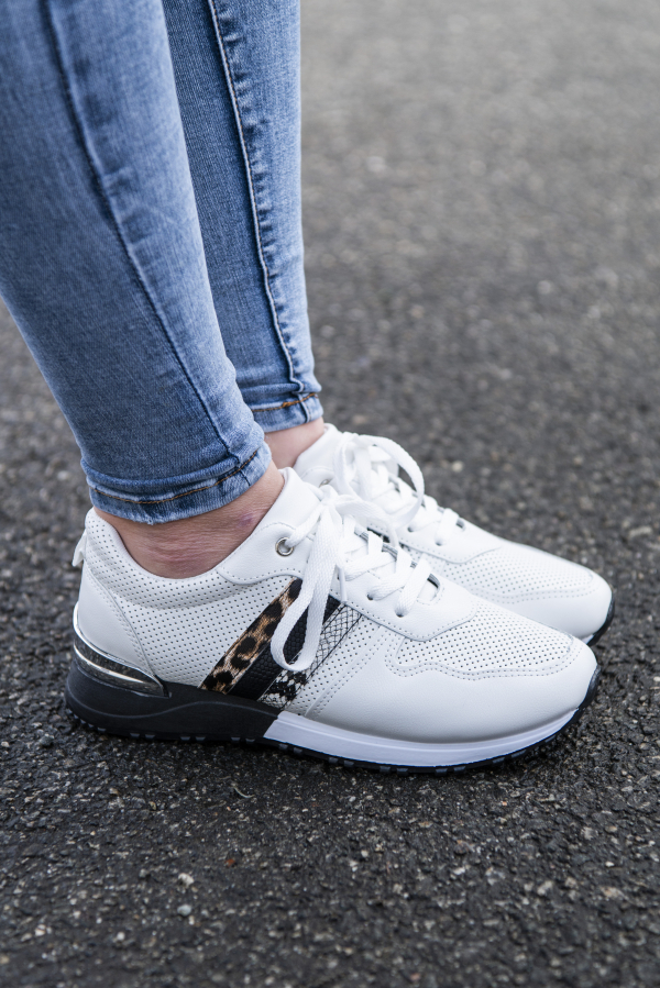 Sneakers - Inga hvit