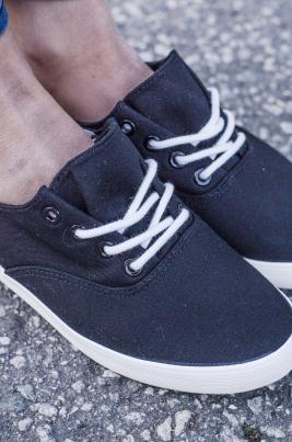 Sneakers - Louise svart